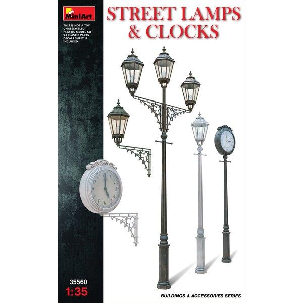 assortiment de rue Lampes Horloges