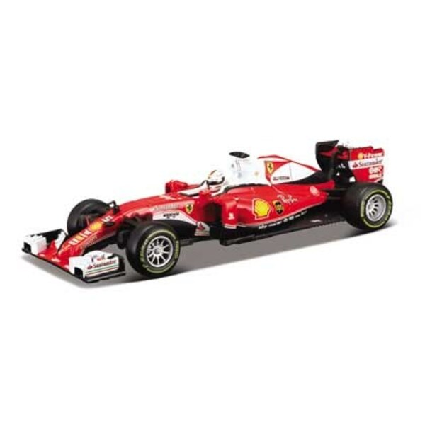 F1 SF16H Vettel avec casque
