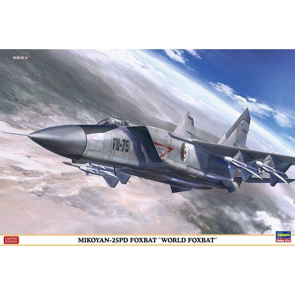 """Mikoyan MiG-25PD Foxbat """"World Foxbat"""" Armée aérienne algérienne, ukrainienne et soviétique (kit ICM)"""