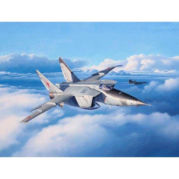 Mikoyan MiG-25RBT Le Foxbat MiG-25 est l'un des avions les plus puissants de l'ex-Union soviétique.En pesant 36 tonnes avec une