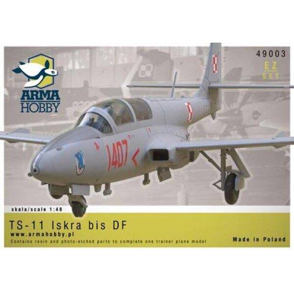 PZL TS-11 'Iskra' bis DF.Développé au début des années soixante-dix du XXe siècle, le TS-11 a prouvé sa valeur en tant que form
