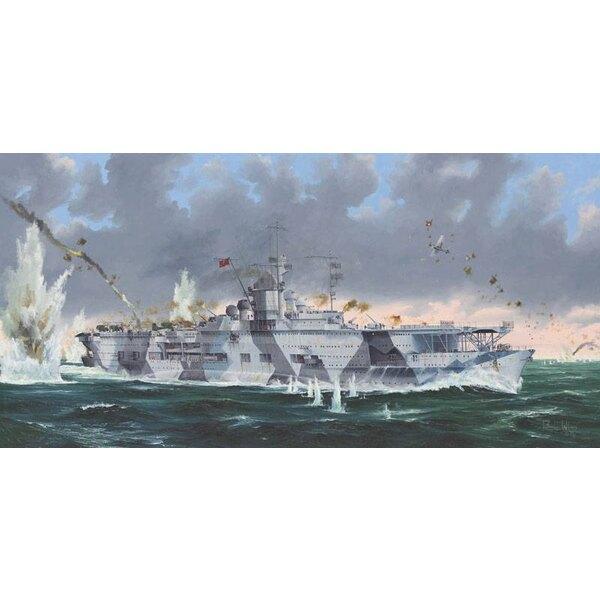 """Porte-avions de la marine allemande DKM Graf Zeppelin """"Découpage de la coque en deux parties"""" Pont de vol détaillé et plate-form"""