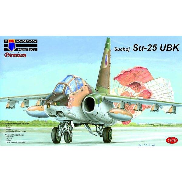 Sukhoi Su-25UBK Frogfoot-B (ex-KOPRO / OEZ) Pièces PUR, jeu correct pour fuselage arrière et surfaces verticales, masques, frein