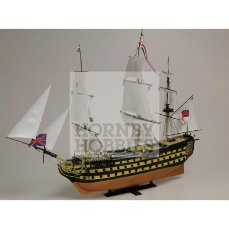 HMS Victory. Le coffret inclut 8 peintures acryliques, 2 Pinceaux et 2 tubes de colle