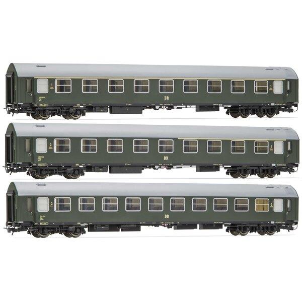 Ensemble de 3 unités, période III, contient 1ère classe et 1er / 2ème classe-coach + sleeperette-coach, période III