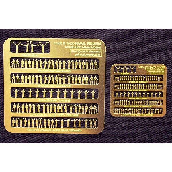 Figurines navales. 100 figurines ont classé le soulagement de poses photodécoupé dans le cuivre jaune. ÉCHELLES DISPONIBLES : 1/