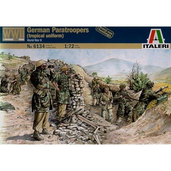 Parachutistes allemands de la 2ème GM (en uniforme tropical)