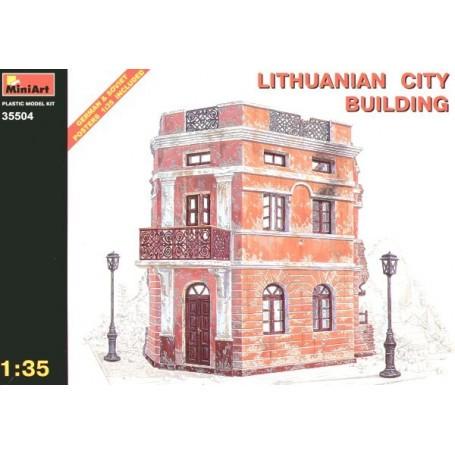 Bâtiment de la ville lituanienne en ruine