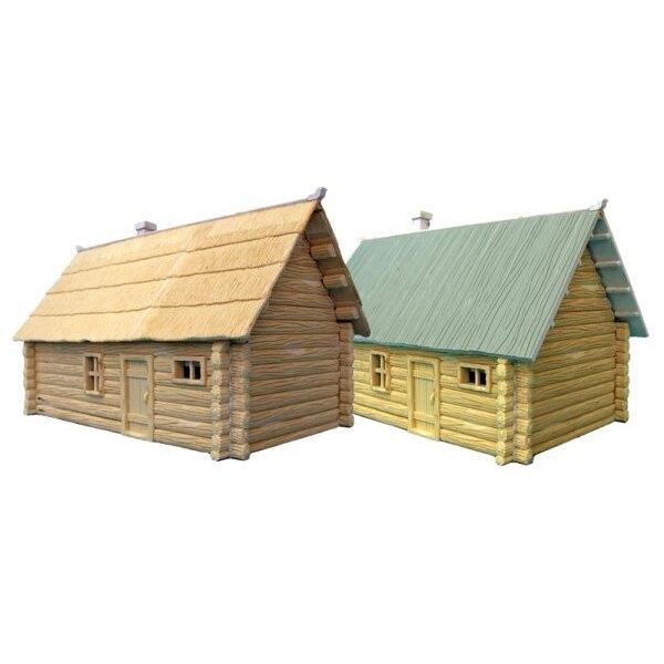 2 maison de Rondins à 1 Étage. (1 à toit de chaume , 1 à toit en planches)