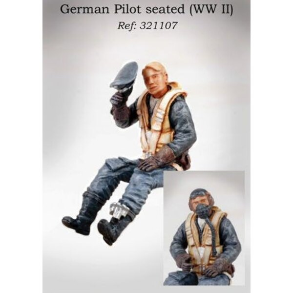 Pilote de la Luftwaffe de la 2ème GM assis dans l'avion avec casque de vol en option