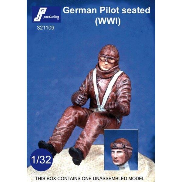 Pilote allemand de la 1ère GM assis dans l'avion. Tête optionnelle portant des lunettes ou non