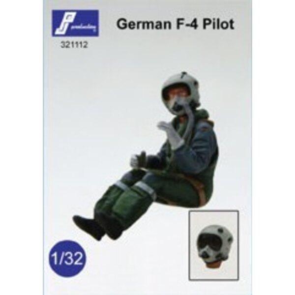 Pilote moderne allemand assis dans l'avion (destiné à être utilisé dans le F-4 Phantom ou la Panavia Tornado)