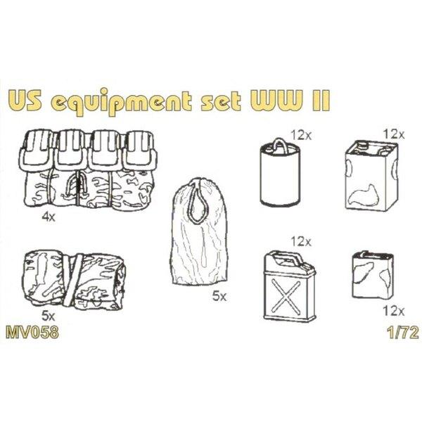 Coffret d'équipements US de la 2ème GM : des burettes à huile , jerricans , toile , sacs. 62 Pièces