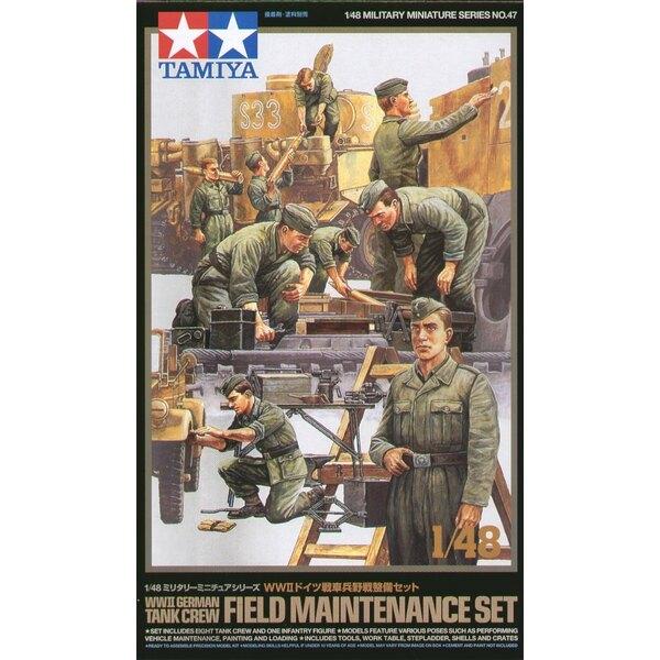 Équipage de char allemand de la 2ème GM. Le coffret inclut 9 figurines faisant des tâches différentes dans poses réalistes, debo