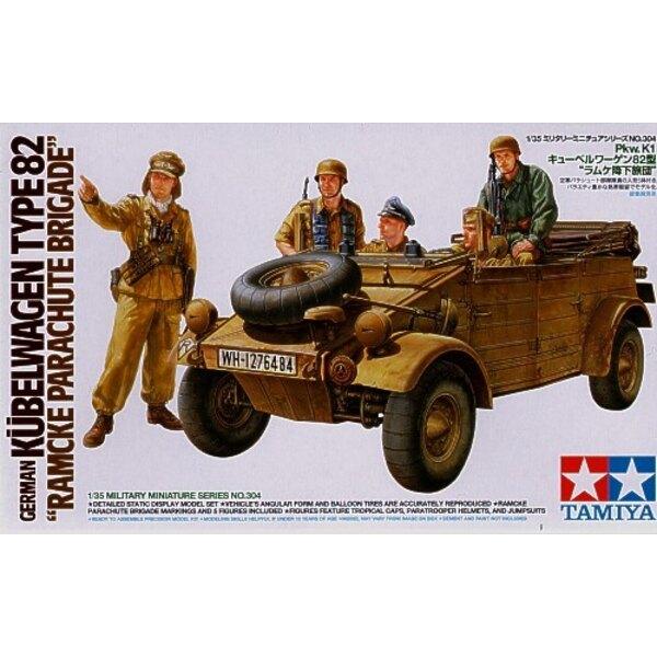 Kubelwagen type 82 Brigade parachutiste de Ramcke. Inclut 5 figurines : 3 assis, 2 debout.