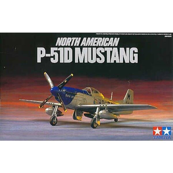 North American P-51D Mustang avec verrière standard et Dallas