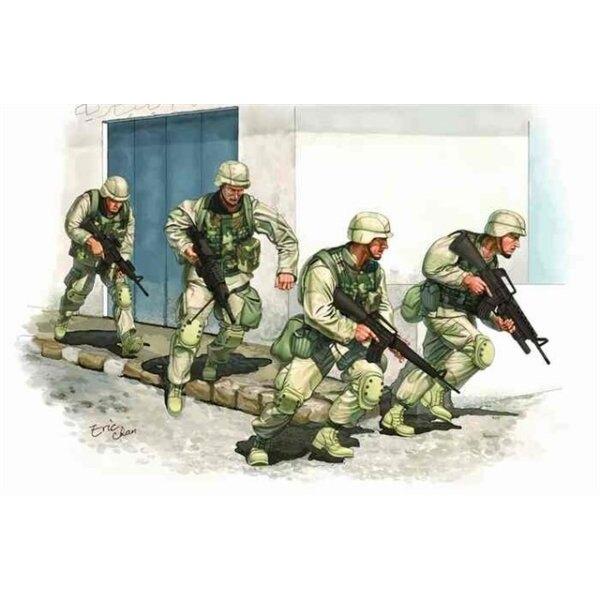 Armée américaine en Iraq 2005 (4 figurines + gilets en vinyle)