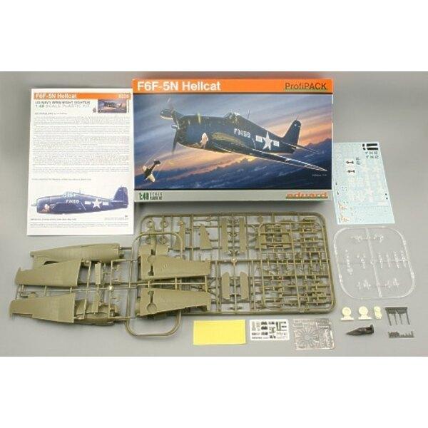 Grumman F6F-5N chasseur de nuit