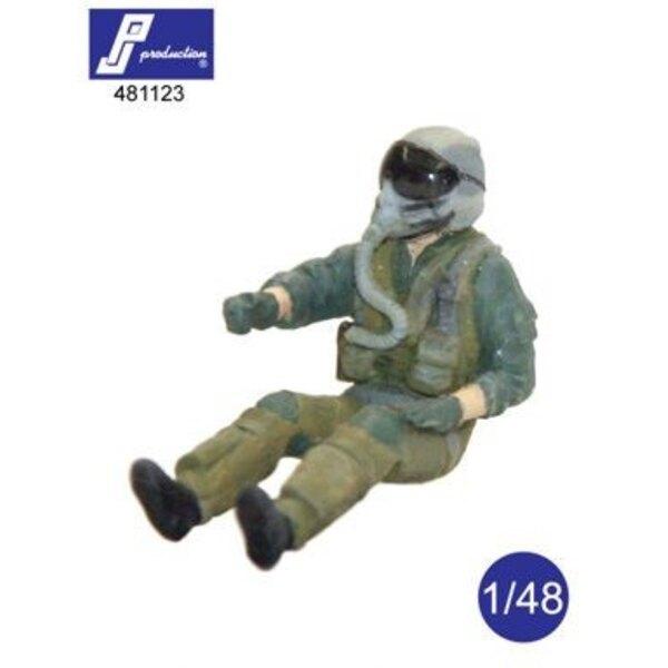 F-16/F-18 pilote assis d'avion (deux bras droits sont prévus pour les différentes positions de vol)
