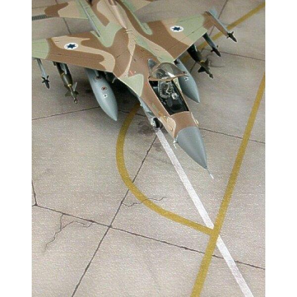 Tarmac IAF moderne. Longueur : 14.90 cm ; Largeur : 10.25 cm