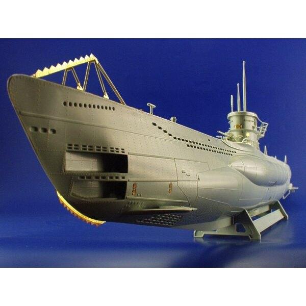 U-Boat VIIC (diseñado para ser ensamblado con maquetas de Revell) (submarines)
