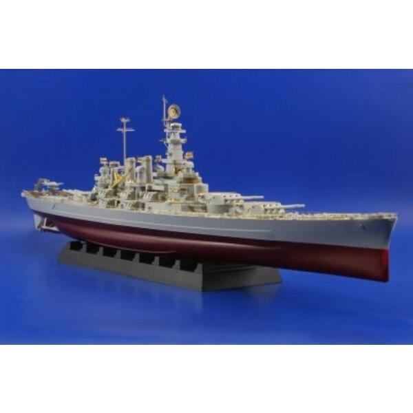 USS BB-55 North Carolina (diseñado para ser ensamblado con maquetas de Trumpeter)