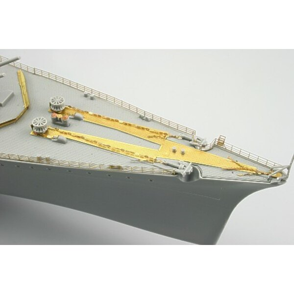 Tirpitz railings (designed to be assembled with model kits from Revell)