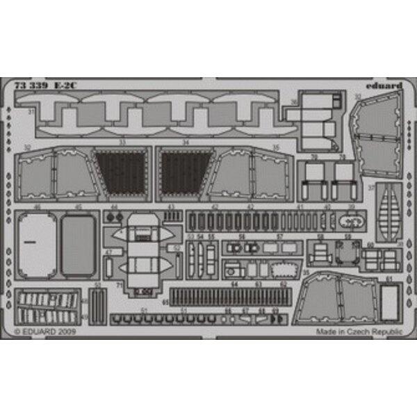 Grumman Hawkeye E-2C (auto-adhésif) - pièces pré-peintes en couleur (pour maquettes Hasegawa)