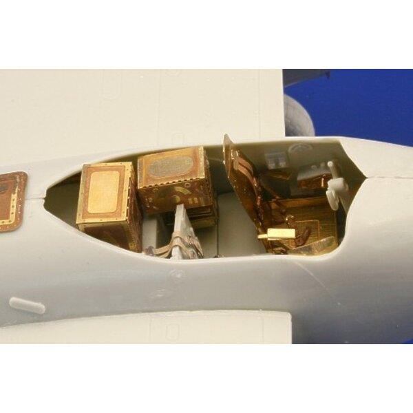 intérieur de Havilland Mosquito Mk.IV (auto-adhésif) - pièces pré-peintes en couleur (pour maquettes Revell)