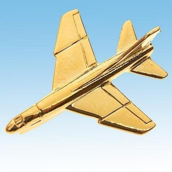 Pins A-7 Corsair II