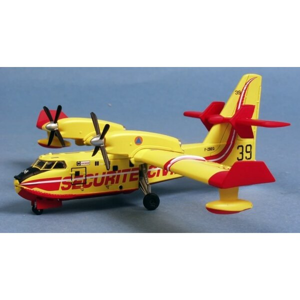 Canadair CL-415 No. 39
