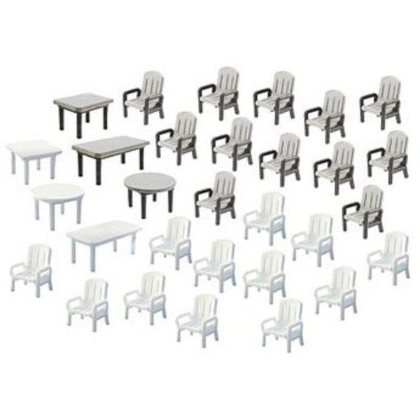 24 Chaises et 6 Tables de jardin