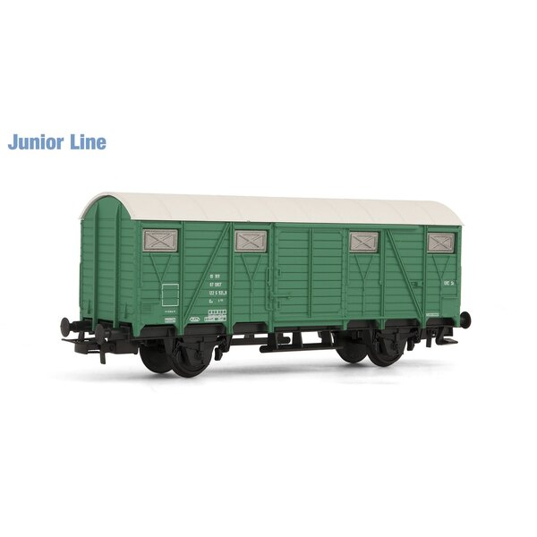 Green covered wagon