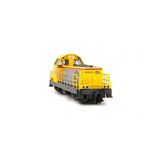 BB 69204 Diesel locomotive delivered infra yellow
