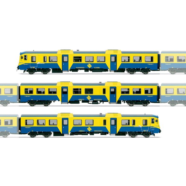 Diesel locomotive RENFE 592 yellow and blue