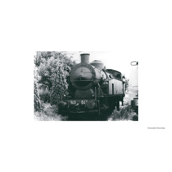 Steam Locomotive gr. 940 047 with electric lighting and snowplow FS