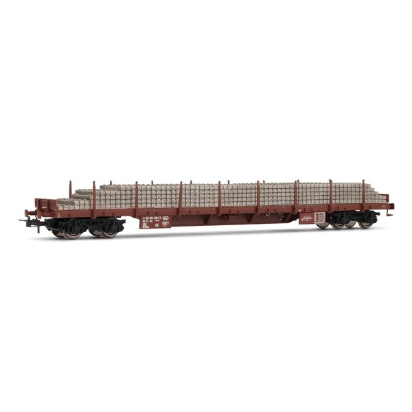 Flatcar loaded with rows of sleepers, FS