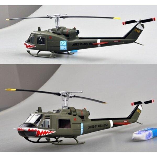 BELL UH- 1C - 174th AHC - Sharks Gun Platoon 1970