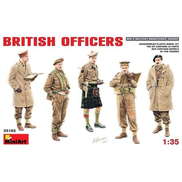 Los oficiales británicos 135