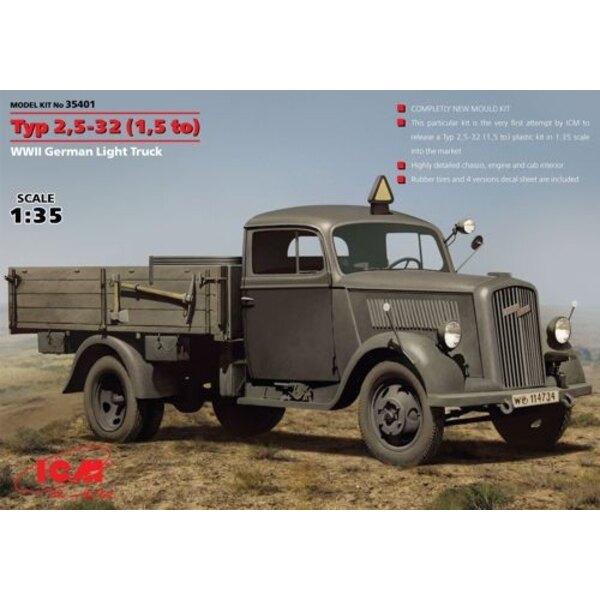 Typ 2,5-32 ( 1,5 a ) , la Segunda Guerra Mundial la luz del carro alemán. El primer modelo de plástico kit escala 1:35 del alemá