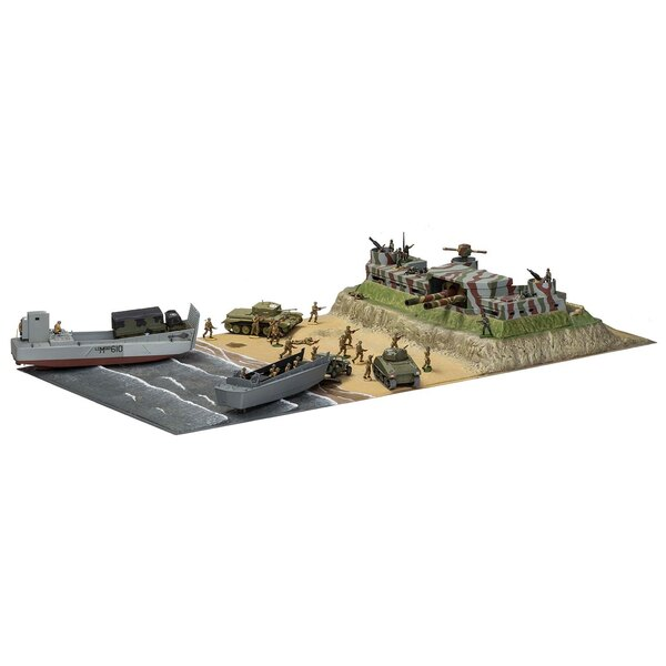D-Day Operation Overlord Giant Gift Set (gift or starter set with paints, paint brush and poly cement) This collection comes fro