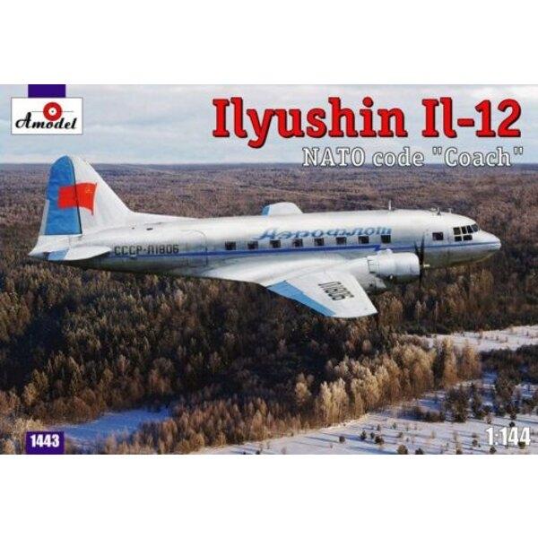 Ilyushin IL-12 le code OTAN 'Coach'