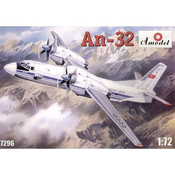 Antonov An-32. Décalques URSS, ONU, aviation indienne et Aeroflot