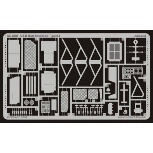 intérieur de VAB 6 x 6 (pour maquettes Italeri et Heller)