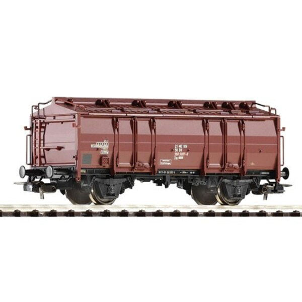 A WAGON TRUCK COVERS DR