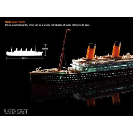 R.M.S. TITANIC + Leds