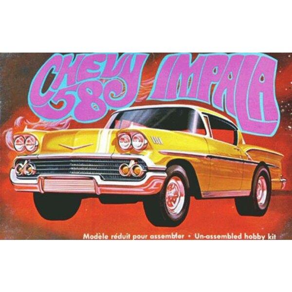 1958 Chevy Impala - Moulé en or en plastique