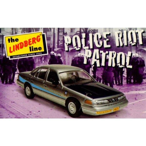 Crown Victoria voiture de sécurité - police Riot Patrol