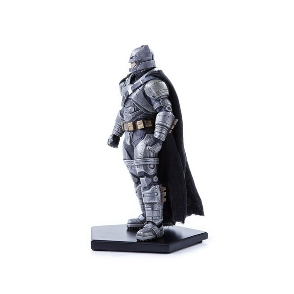 Batman v Superman Dawn of Justice statuette 1/10 Armored Batman 20 cm