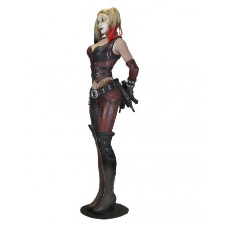 Batman Arkham City réplique 1/1 Harley Quinn (mousse/latex) 180 cm